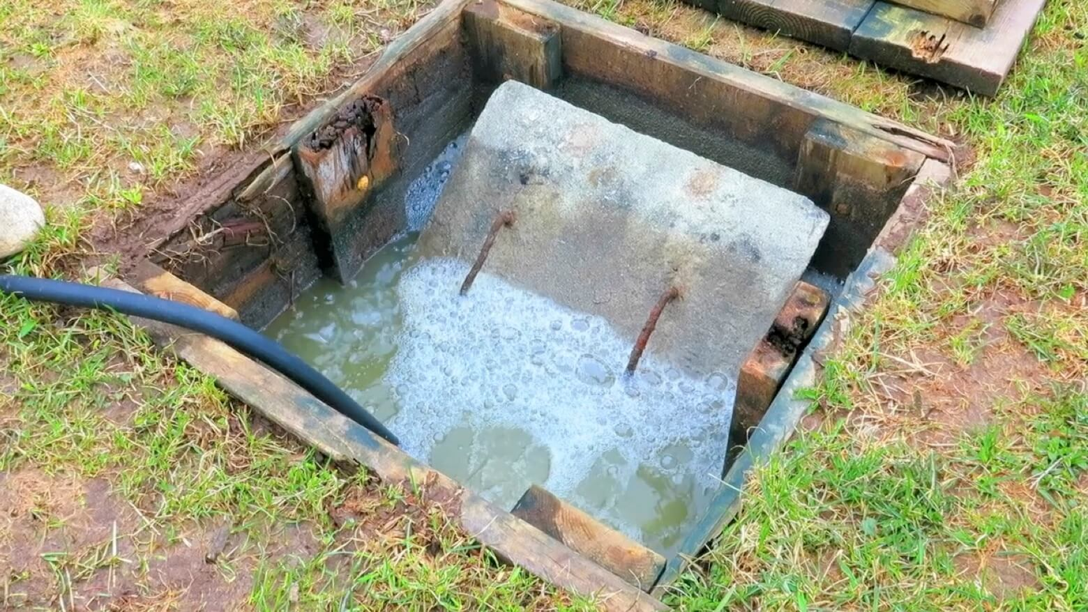 Septic Tank Pumping-Bakersfield Septic Tank Services, Installation, & Repairs-We offer Septic Service & Repairs, Septic Tank Installations, Septic Tank Cleaning, Commercial, Septic System, Drain Cleaning, Line Snaking, Portable Toilet, Grease Trap Pumping & Cleaning, Septic Tank Pumping, Sewage Pump, Sewer Line Repair, Septic Tank Replacement, Septic Maintenance, Sewer Line Replacement, Porta Potty Rentals